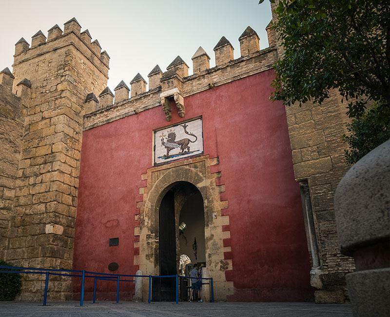 Alcazar de Sevilla Puerta del León